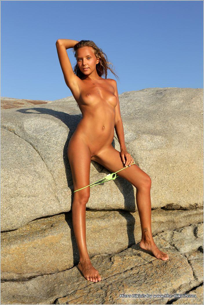 bikini018